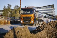 Stralis X-Way tractor unit to make UK debut on IVECO stand at Tip-ex 2019