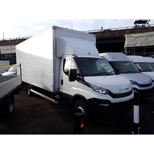 Iveco Daily 70C18 (7.2t) Hi-Matic (ZF 8 Spd) Luton